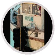 Closed For Christmas Round Beach Towel