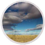 Clouds In Fields Oregon Round Beach Towel
