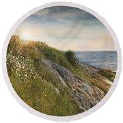 Round Beach Towel featuring the photograph Coastline Newport by Robin-Lee Vieira