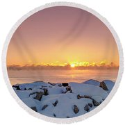 Cold Winter Sunrise Round Beach Towel