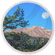 Colorado Rocky Mountain High, Just A Breath Away From Heaven Round Beach Towel