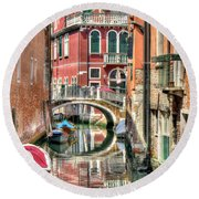 Colorful Venice  Round Beach Towel