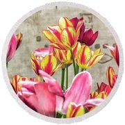 Colorfull Tulips Round Beach Towel