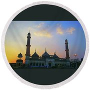 Colourful Sunset At Monument Round Beach Towel