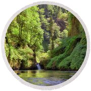 Columbia Gorge Waterfall In Summer Round Beach Towel