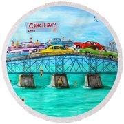 Conch Day Round Beach Towel