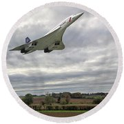 Round Beach Towel featuring the photograph Concorde - High Speed Pass_2 by Paul Gulliver