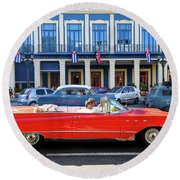 Convertible With Long Tailfins Round Beach Towel