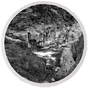 Round Beach Towel featuring the photograph Coos Canyon 1553 by Guy Whiteley