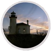 Coquille River Lighthouse At Sunset Round Beach Towel