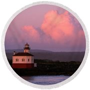 Coquille River Lighthouse Sunset Round Beach Towel
