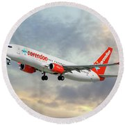 Corendon Airlines Boeing 737-81b Round Beach Towel