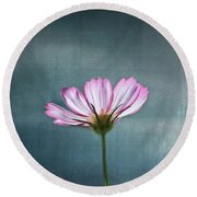 Cosmos - Summer Love Round Beach Towel