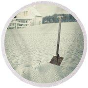 Cottage In Winter  Round Beach Towel