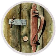 Country Door Lock Round Beach Towel