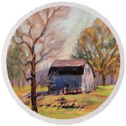 Country Morning Round Beach Towel