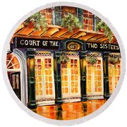 Court Of The Two Sisters Round Beach Towel