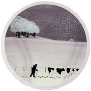 Cows In A Snowstorm Round Beach Towel