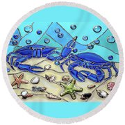 Crab Conversation Round Beach Towel