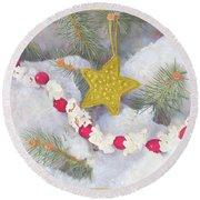 Round Beach Towel featuring the painting Cranberry Garland With Gold Christmas Star by Nancy Lee Moran
