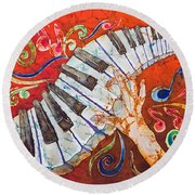 Crazy Fingers - Piano Keyboard  Round Beach Towel