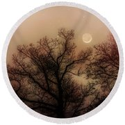 Crescent Between The Trees Round Beach Towel