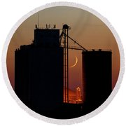 Crescent Moon At Laird 06 Round Beach Towel