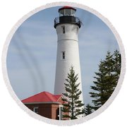 Crisp Point Round Beach Towel