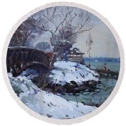 Cristmas Eve In Niawanda Park Round Beach Towel