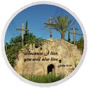 Crosses And Resurrection Round Beach Towel