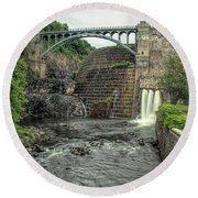 Croton Dam In Summer Round Beach Towel