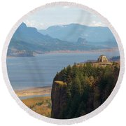 Crown Point On Columbia River Gorge Round Beach Towel