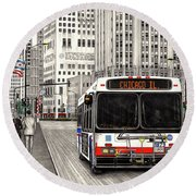 Cta Bus On Michigan Avenue Round Beach Towel