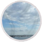 Cuba City And River View Round Beach Towel