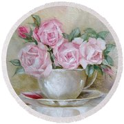 Cup And Saucer Roses Round Beach Towel
