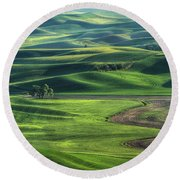 Curves Of The Palouse Round Beach Towel