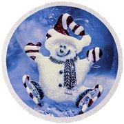 Cute Snowman In Ice Skates Round Beach Towel