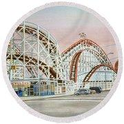 Cyclone Rollercoaster In Coney Island New York Round Beach Towel