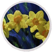 Round Beach Towel featuring the photograph Daffodil Quartet by Jerry Gammon