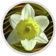 Daffodil Swirl Round Beach Towel