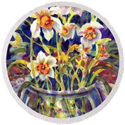 Daffodils And Lace Round Beach Towel