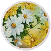 Daisies In The Sky Round Beach Towel