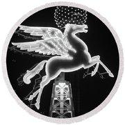 Dallas Pegasus Bw 121517 Round Beach Towel