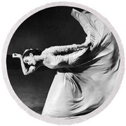 Dancer Martha Graham Round Beach Towel