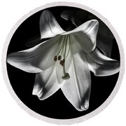 Dark Lilly Round Beach Towel