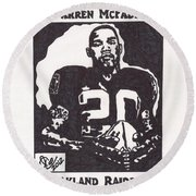 Round Beach Towel featuring the drawing Darren Mcfadden 2 by Jeremiah Colley