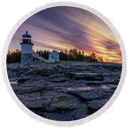Dawn Breaking At Marshall Point Lighthouse Round Beach Towel
