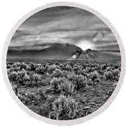 Dawn Over Magic Taos In B-w Round Beach Towel