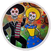 Day Of The Dead Bailar Round Beach Towel