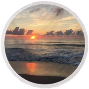 Daybreak At Cocoa Beach Round Beach Towel